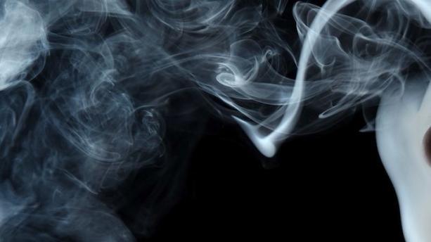 Traitement de la fumée avec un purificateur d'air